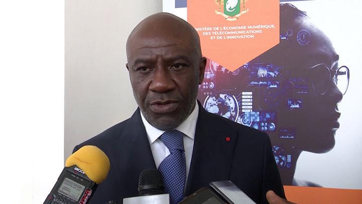 Le ministre Roger Félix Adom lance les réflexions sur l'accélération de la transformation digitale
