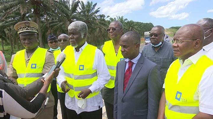 Le Ministre Gouverneur, Robert Beugré Mambé visite les chantiers du District d'Abidjan